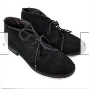 Eddie Bauer black suede chukka ankle boots 7.5